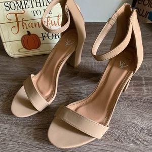 windsor tan heels